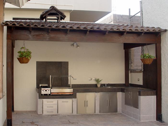 Grill detalles for Cocinas rusticas para exteriores